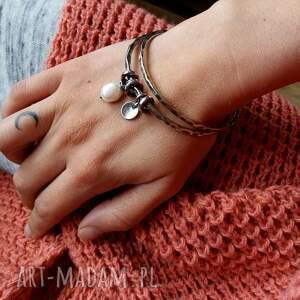 białe bransoletki srebrne-bransoletki zestaw 2 bransolet z zawieszkami