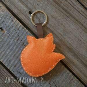 breloki: Breloczek do kluczy z filcu Lis - brelok