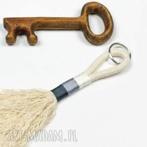 Bobelito breloki: Brelok BOHO ze sznurka - sznurek breloczki