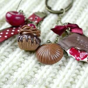 wiśnia breloki czerwone wiśnie i czekolada