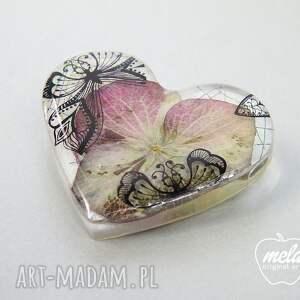 żywica broszki 0359/mela broszka z żywicy serce