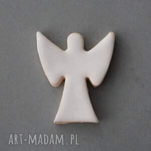 pod choinkę prezent minimalizm anioł broszka ceramiczna