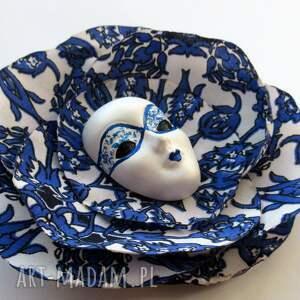 broszki maska atramentowe niebo - broszka