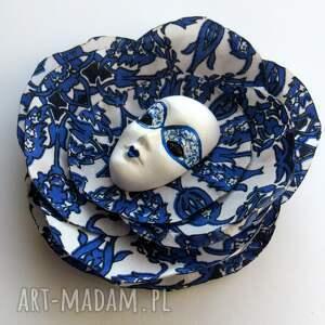 niebieskie broszki maska atramentowe niebo - broszka
