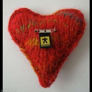 broszka broszki czerwone brocha serce w eleganckim