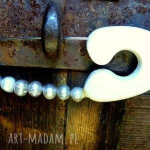 perły broszki ręcznie robiona agrafka klasyczna wykonany