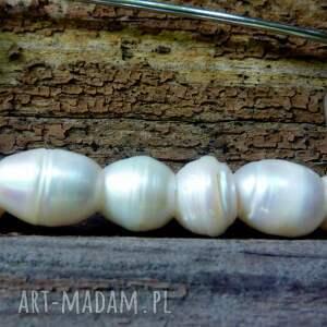 broszki biała perła broszka agrafka z białymi