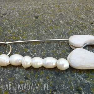 białe perły broszki broszka agrafka z białymi