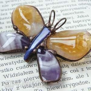 Broszka i wisior (2 w 1): Motyl cytrynowo fioletowy - z kamieniami z-kamieniami