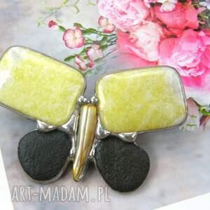 czarne broszki biżuteria z-kamieni broszka motyl cytrynowy z nefrytem