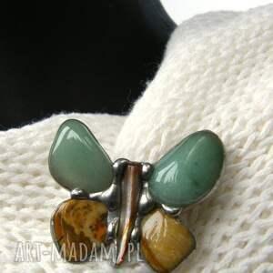 awenturyn broszki zielone broszka: motyl zielono-beżowy