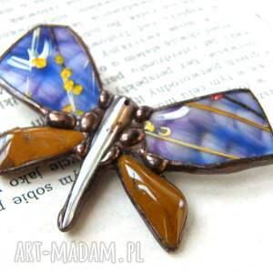 brązowe broszki malowana-broszka broszka: motyl malowany