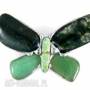 unikatowe broszki broszka broszka: motyl zielony z mchem