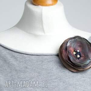 broszki broszka przypinka kwiatek z organzy