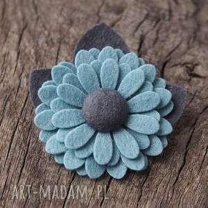 niebieskie broszki broszka przypinka kwiatek