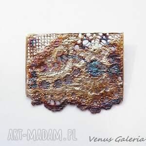 wyjątkowe broszki bizuteria broszka srebrna - delicate iii