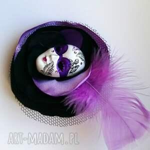 hand made broszka z kolekcji masquerade