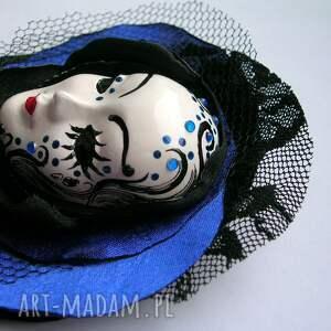 Samantha handmade broszki broszka z kolekcji masquerade