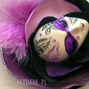 broszka broszki fioletowe z kolekcji masquerade
