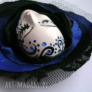 Samantha czarne broszki maska broszka z kolekcji masquerade