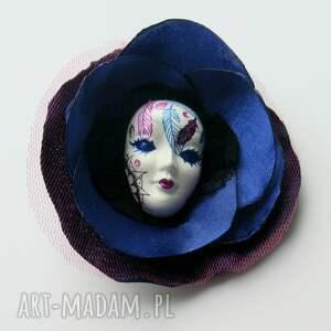 gustowne broszki maska broszka z kolekcji masquerade