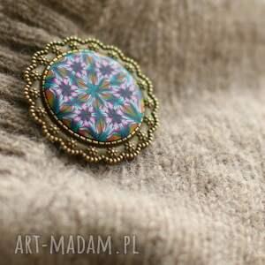 handmade broszki kwiat broszka z mandalą