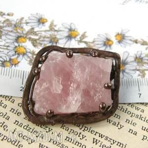 broszki broszka z-kamieni: z naturalnym kwarcem