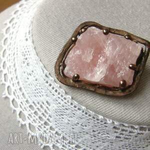 kamienie naturalne broszki broszka: z naturalnym kwarcem