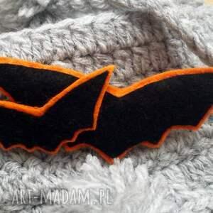 pomarańczowe broszki broszka z nietoperzami