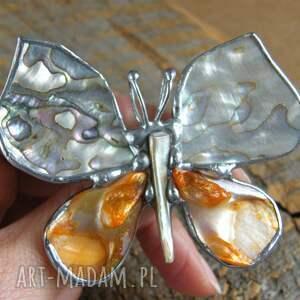broszki broszka z-wisiorkiem broszko - wisior: motyl z tęczową