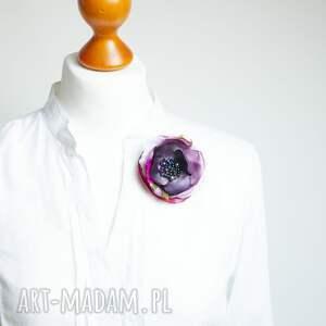 Pracownia Zolla ręczne wykonanie broszki broszka elegancka kwiatek przypinka