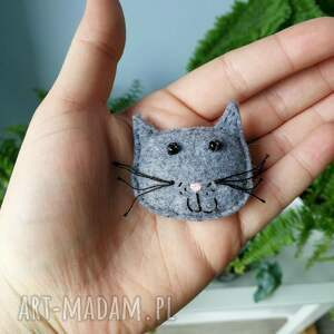 czarne broszki gustaw kot filcowa broszka