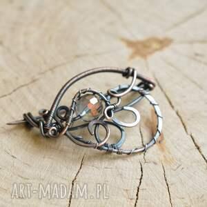 broszka do szala fioletowe kryształ