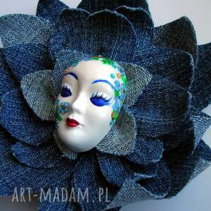 maska broszki żółte masquerade - pani wiosna w jeansach