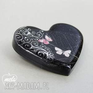 broszki serce 0360/mela broszka z żywicy