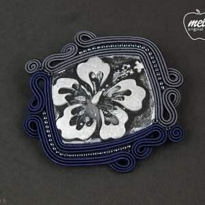 niebieskie broszki broszka ~mela~ sutasz sanoc kwiat