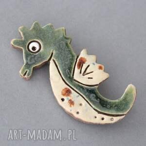 broszki design morski dzikus - broszka ceramika