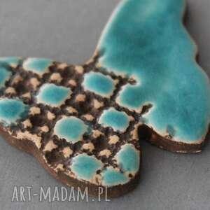 beżowe broszki prezent motyl -broszka ceramiczna