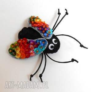 czarne broszki mucha muszka - broszka z filcu