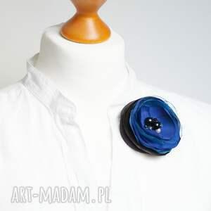ręcznie robione broszka niebieska przypinka kwiatek