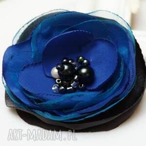 broszki niebieska broszka przypinka kwiatek