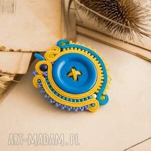 żółte broszki sutasz sutaszowa broszka z niebieskim