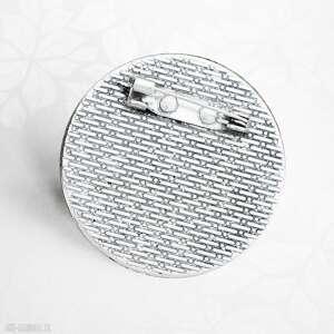 srebrne broszki wilkiem wilk:: niespotykana broszka