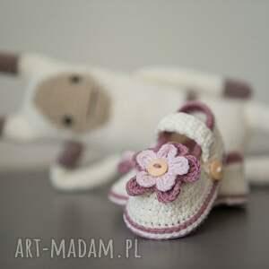 różowe buciki szydełko opaska