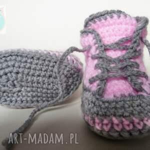 hand-made buciki szydełkowe trampki różowe