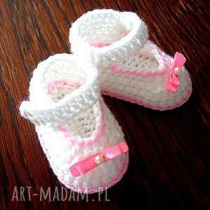 buciki szydełkowe dla małej
