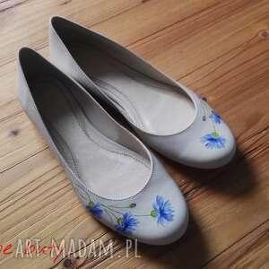 kwiaty buty baleriny chabry