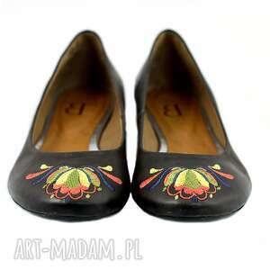 wyjątkowe buty baleriny limitowana seria letnich balerin. materiał