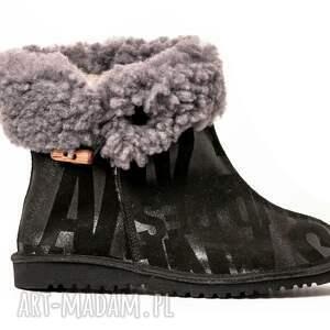 awangardowe buty folkowe enoo