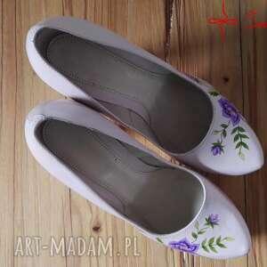 buty róże góralskie malowanki fioletowe